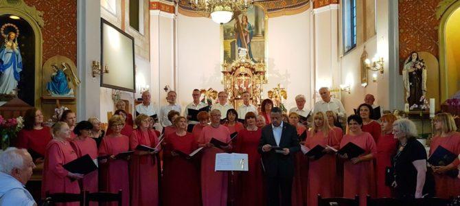 """Održan koncert mješovitog pjevačkog zbora """"Emil Cossetto"""""""