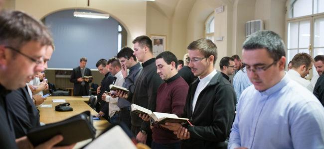 Započela trajna formacija mladih svećenika u Zagrebu