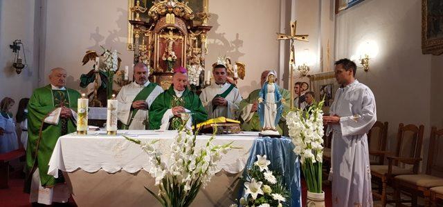 Proslavljen blagdan Kraljice Krunice i dan bolesnika te medicinskog osoblja u župi